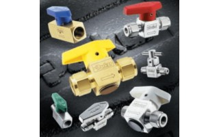 Rotary Plug Valves (PR Series) <br />Catalog 4126-PR <br />July 2003